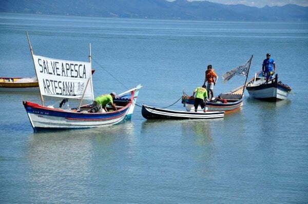 Pescadores_da_Baia_Norte_em_Florianpolis
