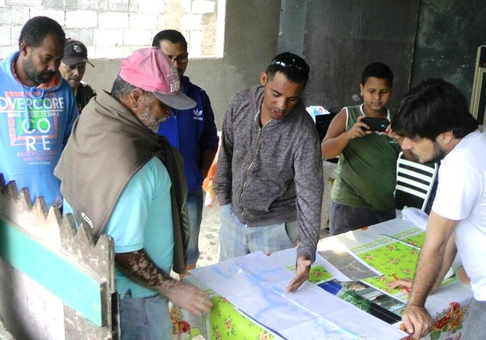 Oficina Mapa Falado no bairro de Monte Cabrão, em Santos